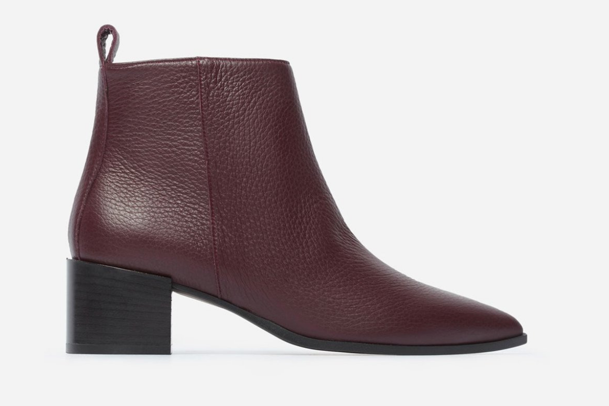 //www.thefrontlash.com/wp-content/uploads/2018/11/everlane-boss-bootie-resized.png